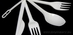Одноразовые пластиковые вилки, ложки, ножи, размешиватели